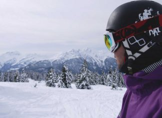 Tips-to-Buy-the-Best-Snowboard-Helmet-on-FocusEverything